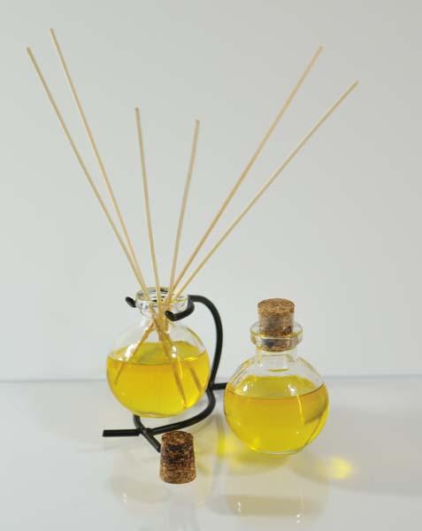 Citrus-scented Reed Diffuser