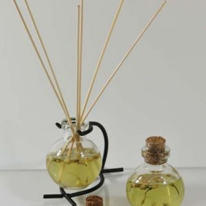 Floral-scented Reed Diffuser