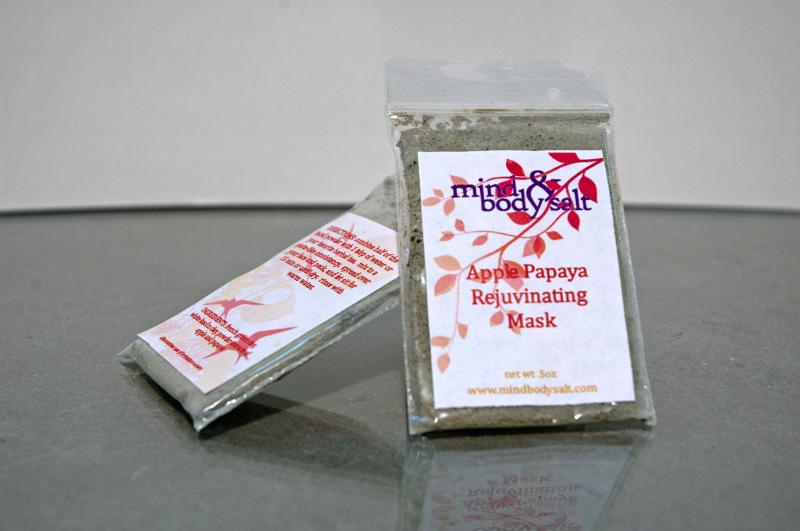 0.5 ounce bag of Apple Papaya Rejuvenating Face Mask powder